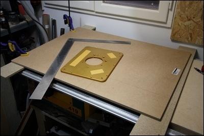 Table custom (avec insert defonceuse) en remplacement de celle de ma kity 419  1-0014740-1