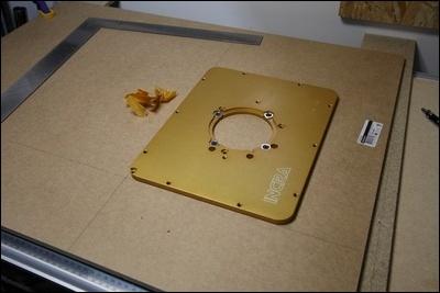 Table custom (avec insert defonceuse) en remplacement de celle de ma kity 419  1-0014741-1
