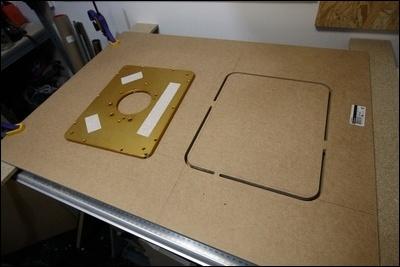 Table custom (avec insert defonceuse) en remplacement de celle de ma kity 419  1-0014744-1