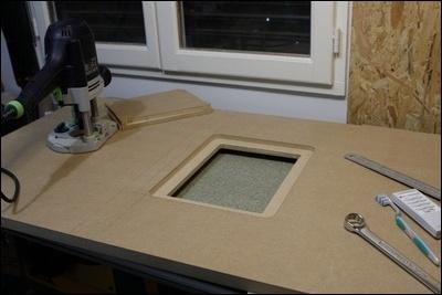 Table custom (avec insert defonceuse) en remplacement de celle de ma kity 419  1-0014784-1